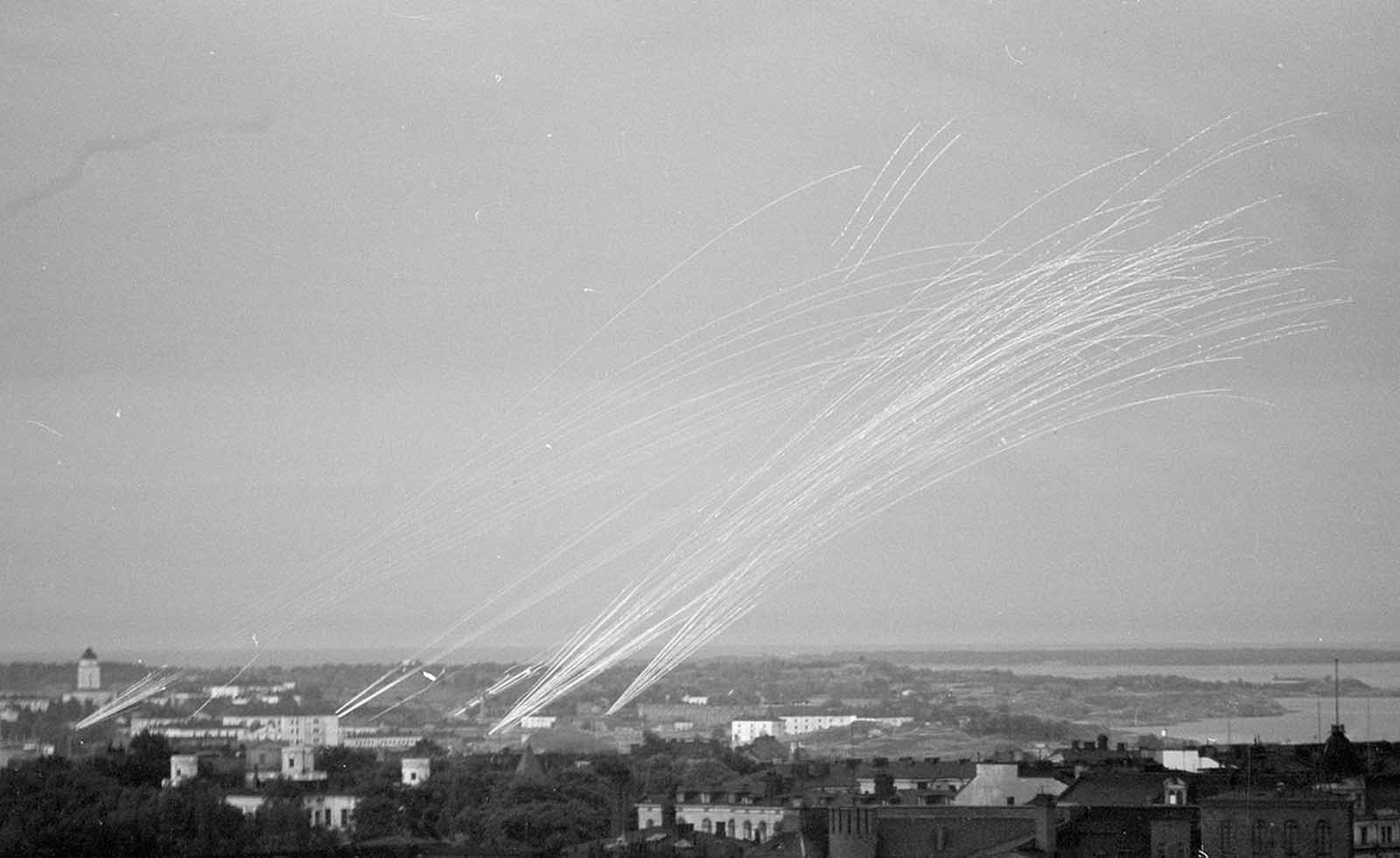 Anti-aircraft fire over Suomenlinna, Helsinki.