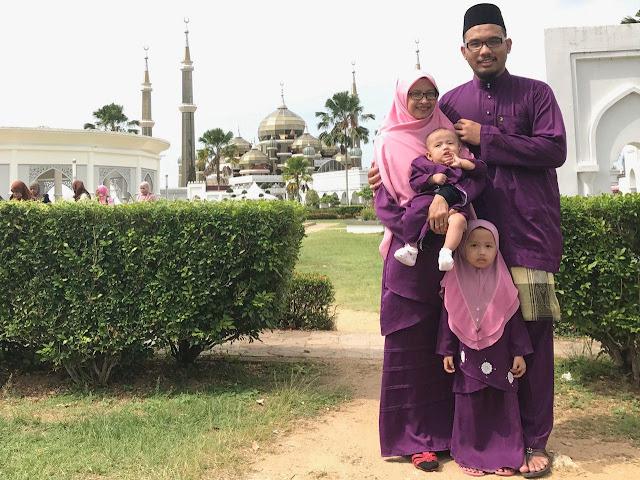 Gambar masjid kristal kuala terengganu, Tempat menarik di kuala terengganu, Ikan celup tepung kuala terengganu, Gambar baju hari raya warna purple,