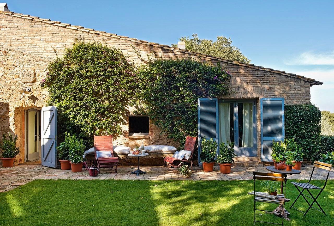 shabby and charme ristrutturazione di un casale in pietra affacciato sul mediterraneo. Black Bedroom Furniture Sets. Home Design Ideas