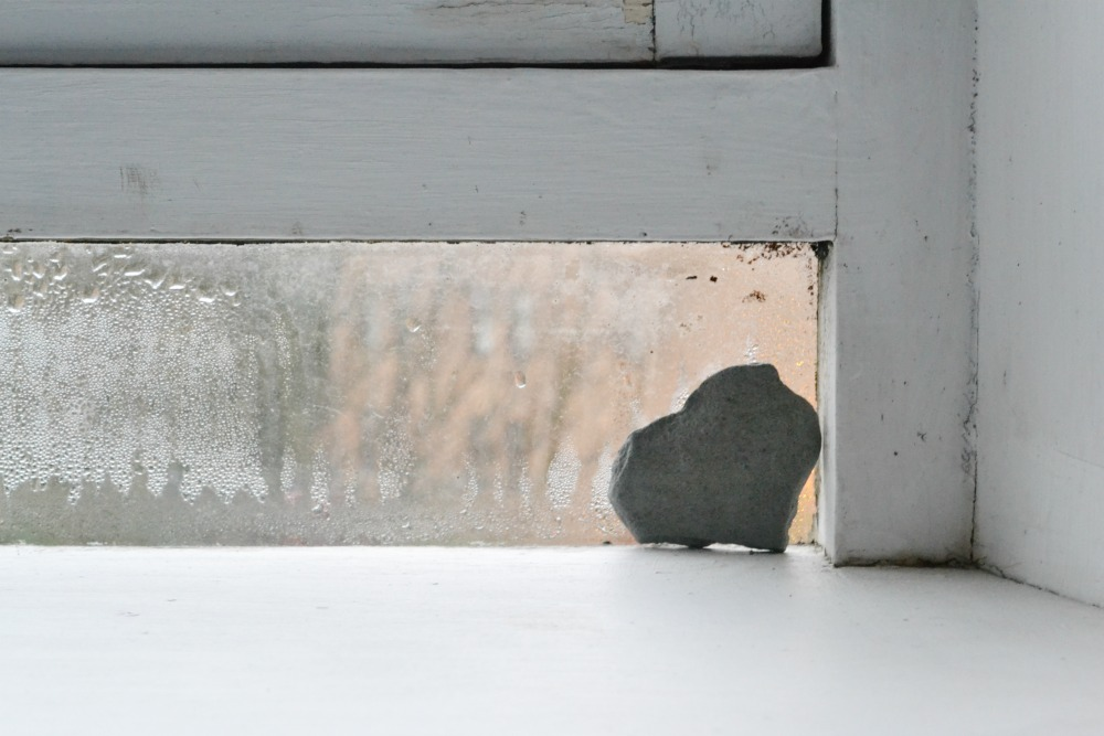 window stone heart shape winter
