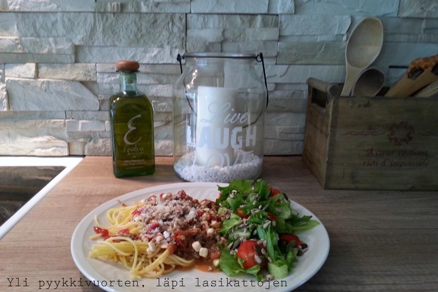 Mifu, jauheliha, jauhelihakastike, Valio, kokkaaminen, arkiruoka, gluteeniton