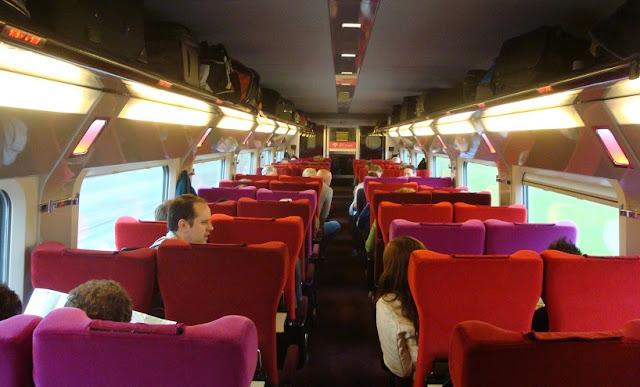 Andar de trem em Amsterdã e Paris