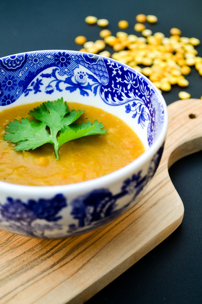 A simple creamy and lightly spiced soup made with split peas that is full of flavour and super healthy. A great meal to take you through the year that's kind to your bank balance and your waistline. Vegan & dairy free. www.tinnedtomatoes.com