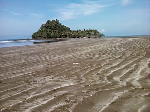 Pantai Aie Manih