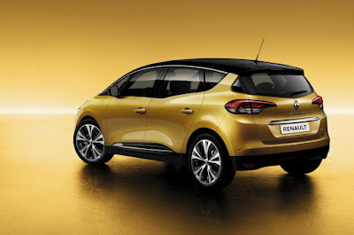2017 Renault Grand Scenic MPV  side rear Images