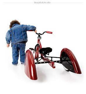 Triciclo infantil de lujo.