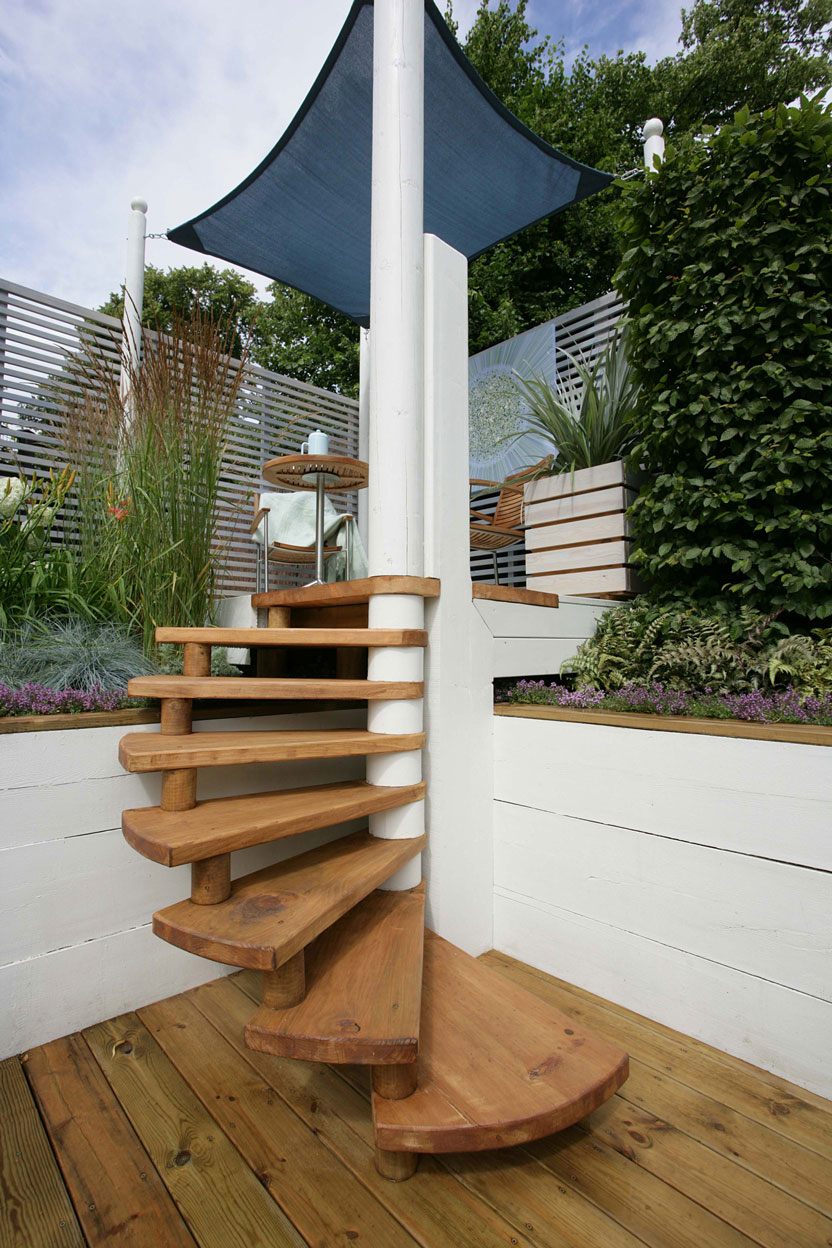 Beautiful Staircase Design Gallery - 10 Photos on Backyard Stairs Design id=44033