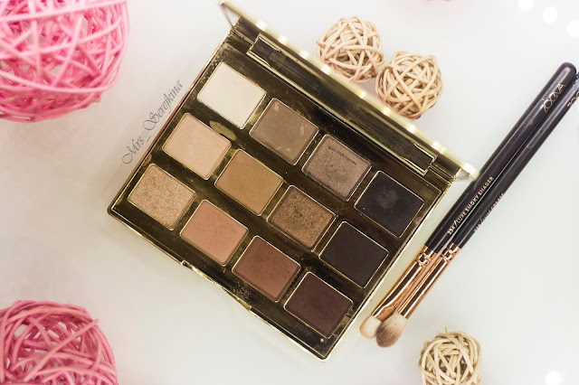 New year make-up 2018, step 3: shade Flower child Tarte Tartalette In bloom Eyeshadow palette