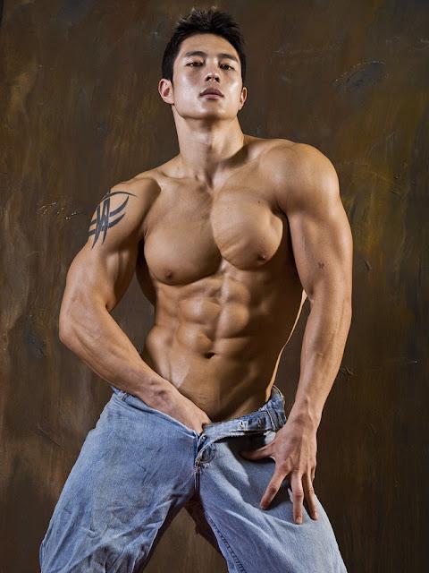 HOT ASIAN MEN: Peter Le