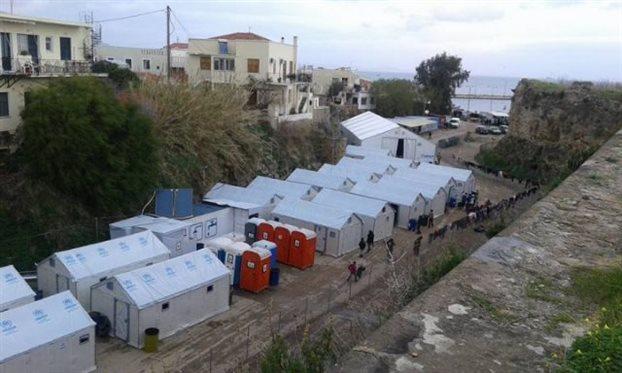 Βίαιες συμπλοκές προσφύγων στον καταυλισμό της Σούδας στη Χίο!!! [ΒΙΝΤΕΟ]