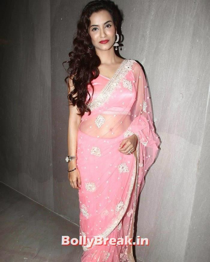 Tia Bajpai, Tia Bajpai in Pink Saree - 'Desi Kattey' Movie Actress hot Pics