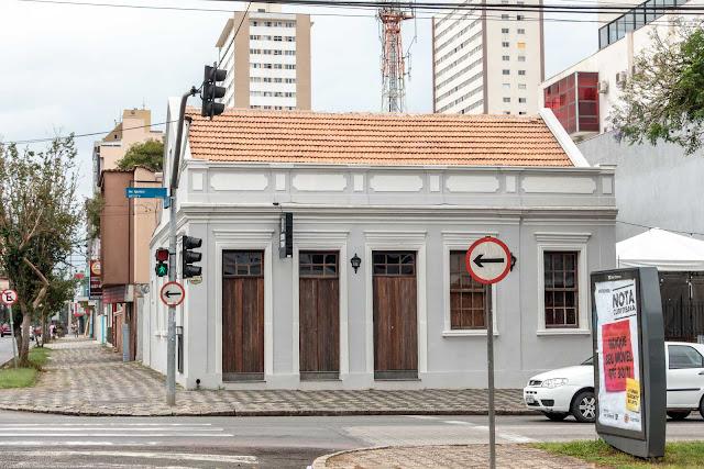 Esta casa na Avenida Iguaçu é uma Unidade de Interesse de Preservação