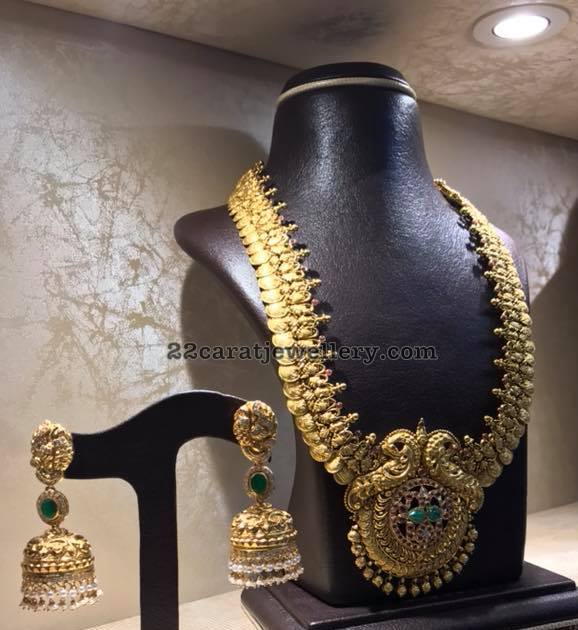 Heavy Kasu Mala with Pendant and Jhumkas