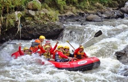 paket rafting bogor, paket rafting sungai cisadane Bogor, arung jeram di bogor