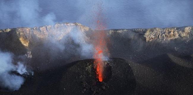 Ιταλία: Μεγάλη έκρηξη από το ηφαίστειο Στρόμπολι