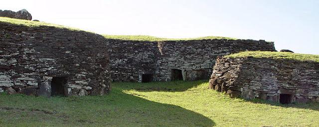 Aldeia Orongo na Ilha de Páscoa, Chile
