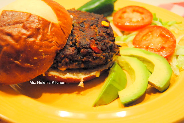 Black Bean Burger at Miz Helen's Country Cottage