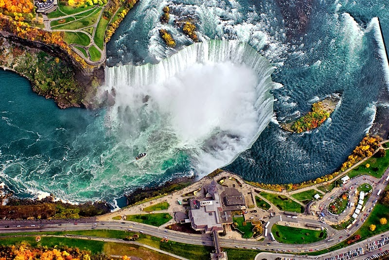 3. Niagara Falls, Canada & USA - 7 Waterfalls That Will Take Your Breath Away