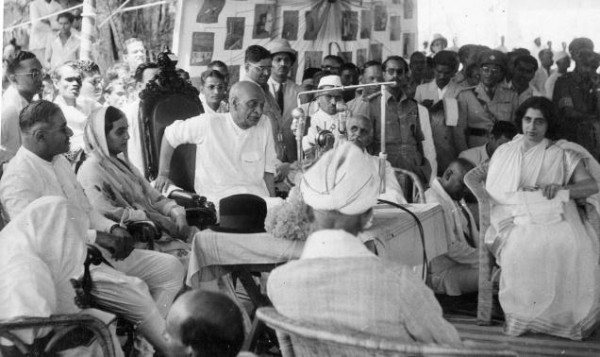 essay on khilafat movement Mohammad ali jouhar had the unique distinction of having directed the affairs disillusioned by the failure of the khilafat movement and gandhi's suspension of.
