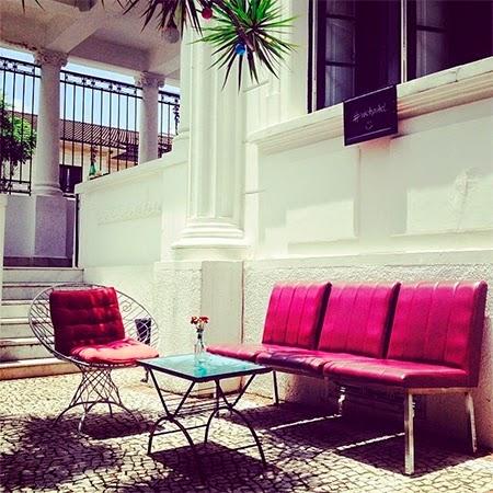 decoração, decoracao, vintage, casa retrô, casa retro, hostel, quintal, jardim
