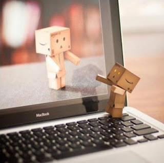 Riesgos de las relaciones virtuales