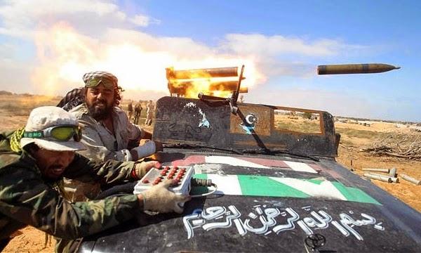 Ataque aéreo do governo da Líbia deixa 8 mortos