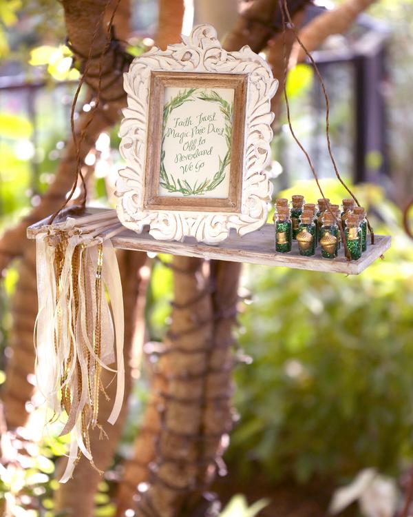 bride+groom+peter+pan+themed+neverland+wedding+tinker+bell+fairytale+princess+wendy+darling+captain+hook+fairy+dust+green+rustic+andy+sams+photography+2 - Neverland