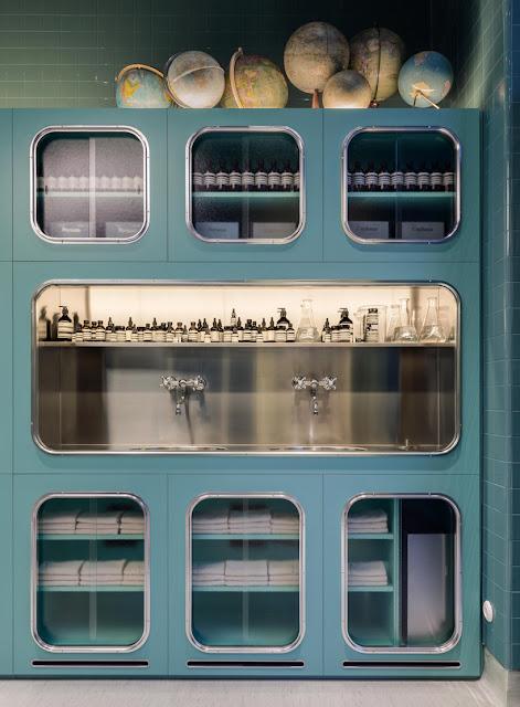 Green Pear Diaries, interiorismo, retail, Aesop, Corso Magenta, Milano