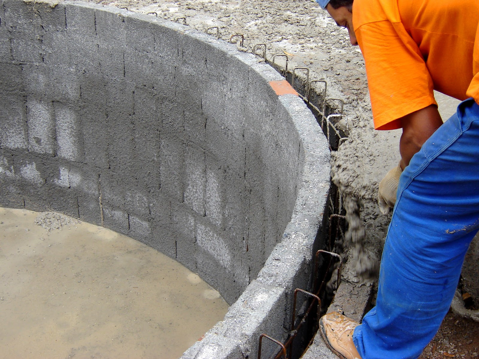 Obras em concreto armado for Construir piscina concreto