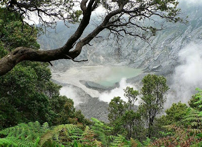 tempat wisata di bandung gunung tangkuban parahu