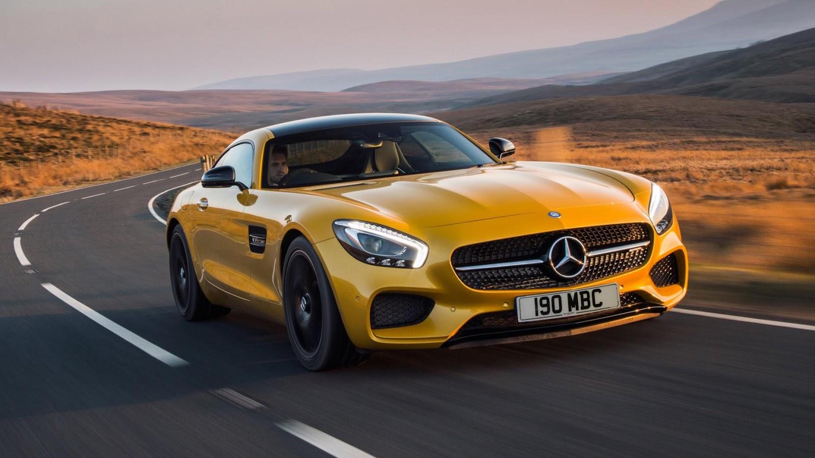 Mercedes AMG GT S - tăng tốc từ 0 - 100 km/h trong 3.8secs