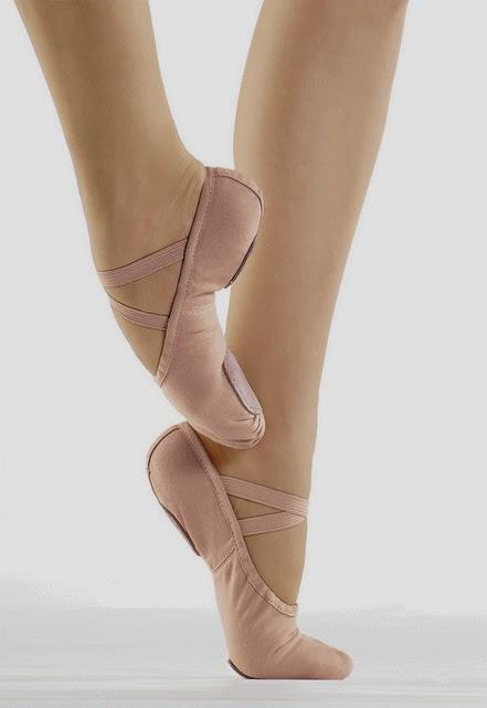 36ee88031f Mundo Bailarinístico  Dicas de Ballet - Costurando elástico nas ...