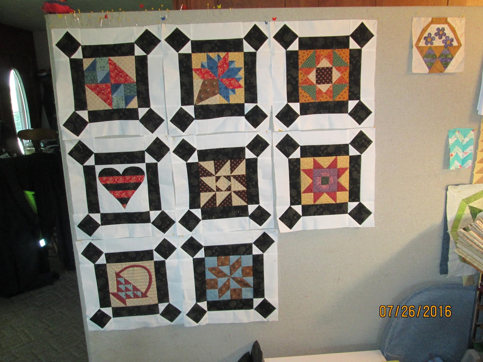 Design Wall Quilts Retractable : Cindy quilts design wall