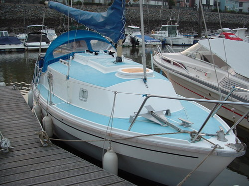 Simple Sailing Low Cost Cruising: Westerly Warwick