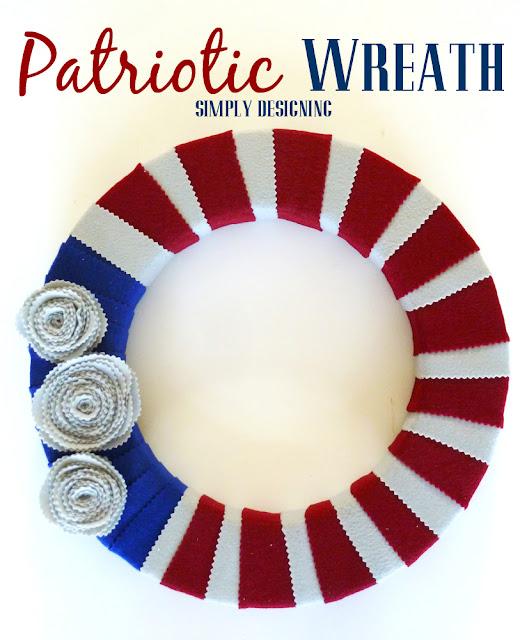 Patriotic Felt Wreath - #redwhiteblue #patriotic #memorialday #4thofJuly