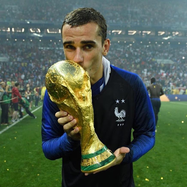 Antoine Griezmann age, nationality, papa, girlfriend, child, date of birth, family, marriage, religion, parents, mia griezmann, woman, alain griezmann, france, transfer, 2016, poster, 2017, theo griezmann, jersey, real sociedad, club, portugal, goals, 2014, atletico, small, goals, number, video, puma, celebration, penalty, paul pogba, dance