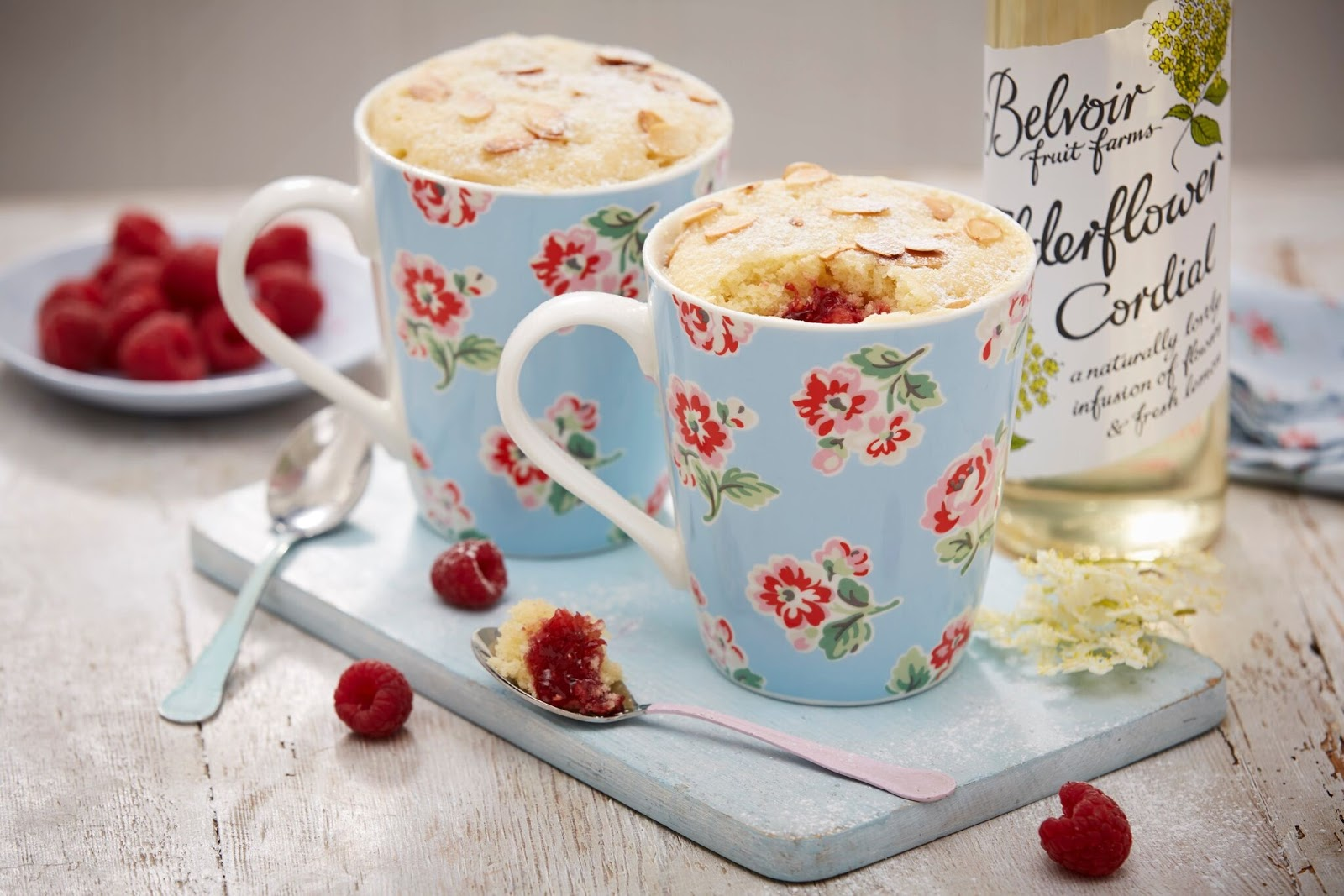 How To Make Elderflower Bakewell Mug Cakes