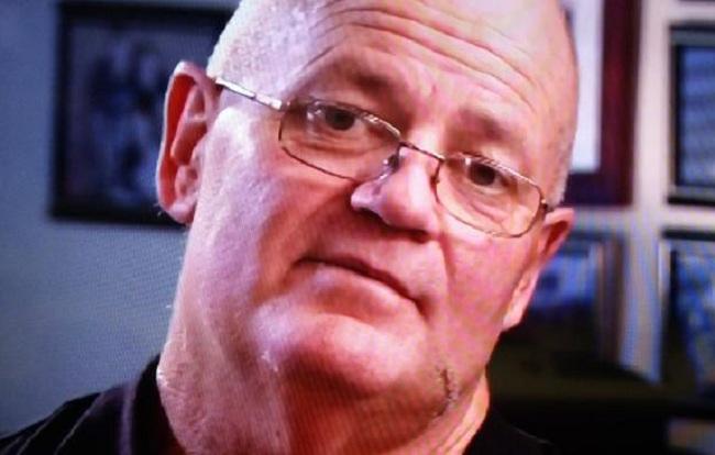 Seorang kakek yang ditikam kali di sebuah jalan Sydney mendesak masyarakat tidak membalas dendam pada umat Muslim.