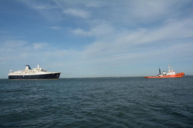 SHIPS   THE SEA - BLOGUE dos NAVIOS e do MAR  Paquete LISBOA ex ... ef732e334943f