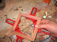 Assembled insert in the corner clamps
