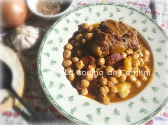 Rabo de ternera con garbanzos (La cocina de Camilni)