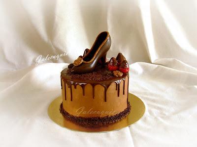 tarta día de la madre con zapato de chocolate