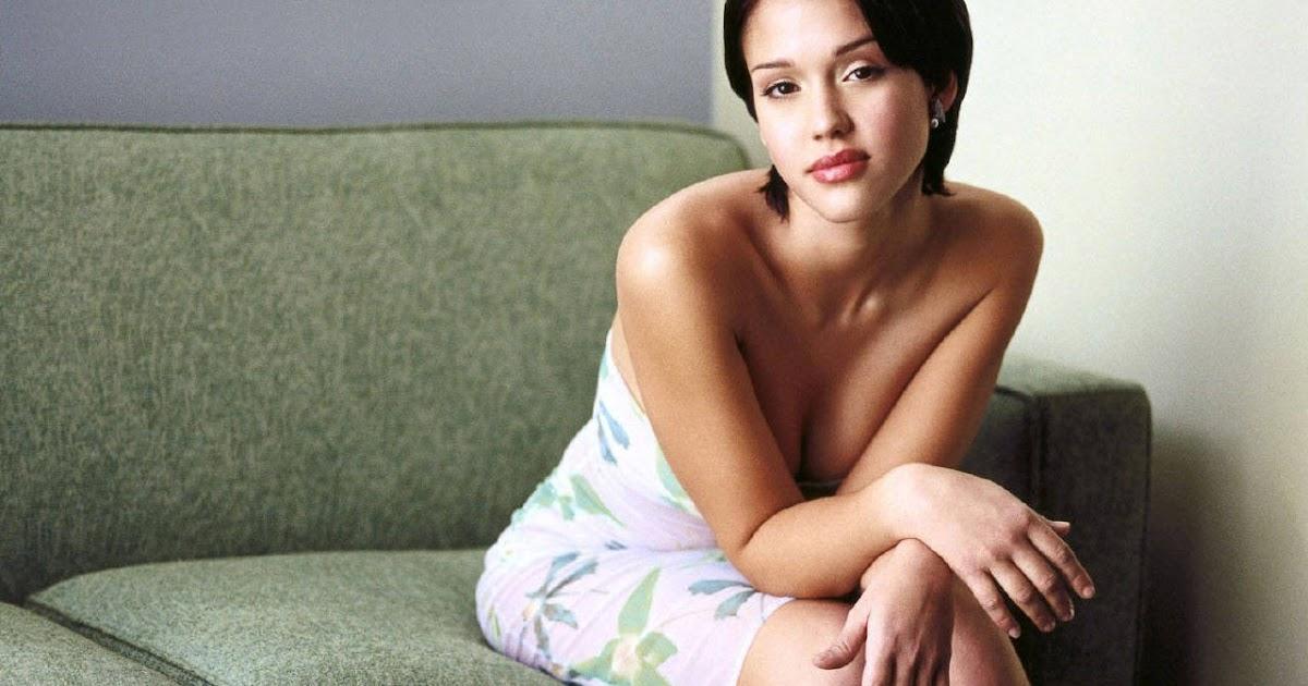 521 Entertainment World: Jessica Alba Hot Wallpapers