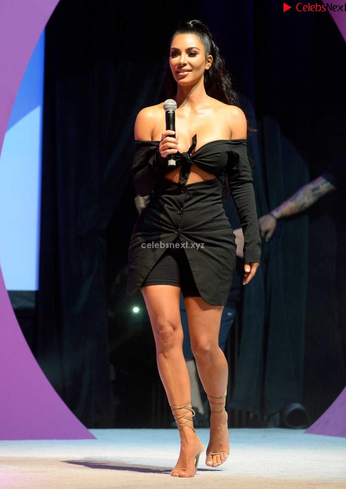 Kim Kardashian Huge Cleavage in Black Deep Neck Top Must see August 2018