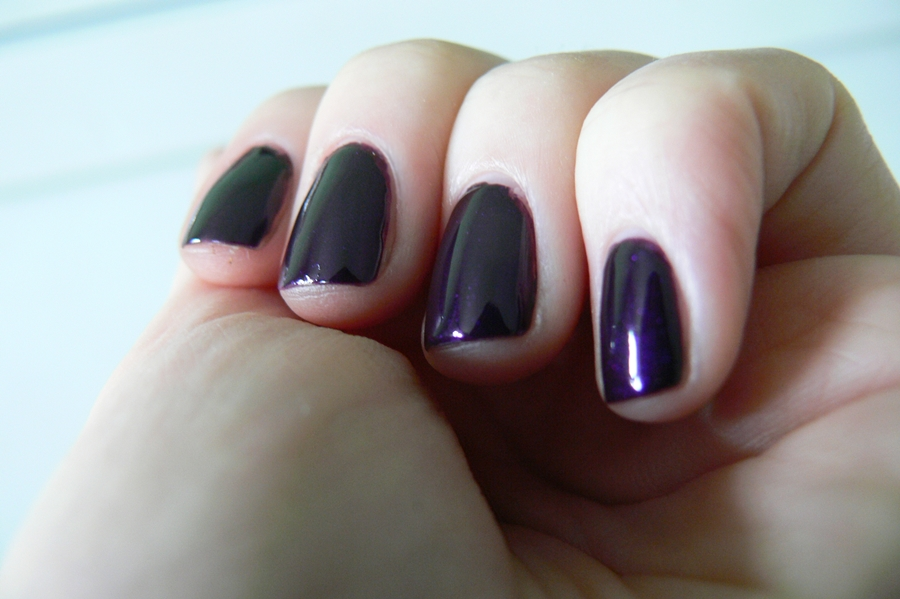 Avon Gel Finish Perfectly Plum efekty