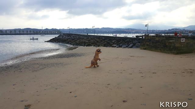 T-rex en playa
