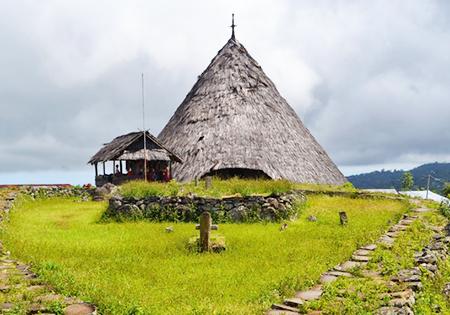 Rumah Adat Todo, Warisan Budaya Yang Masih Terpelihara