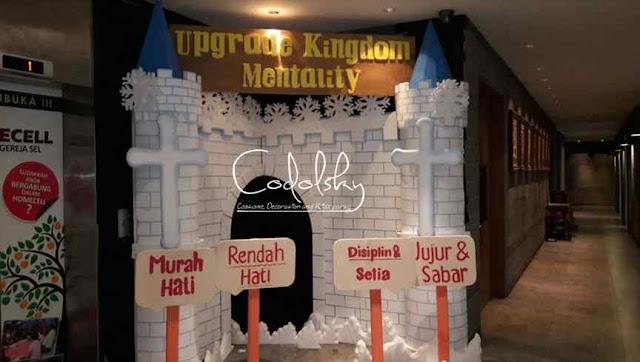 Dekorasi styrofoam Natal di Gereja