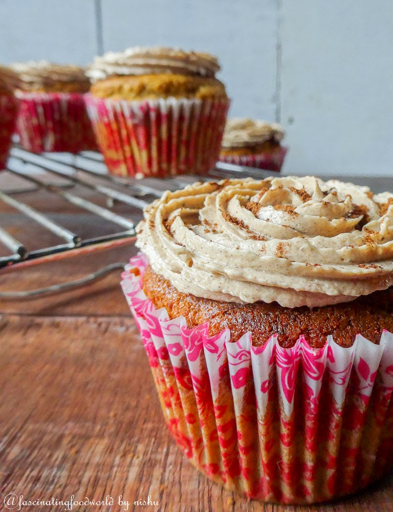 http://www.fascinatingfoodworld.com/2015/01/20000-pageviews-coffee-cupcakes-with.html