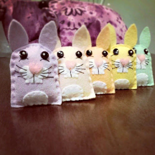 Bugs And Fishes By Lupin: Guest Post: Felt Spring Bunnies